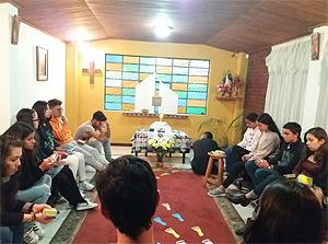 BOGOTÀ – Comunidad Juvenil Huellas (Comunità Giovanile Impronte)